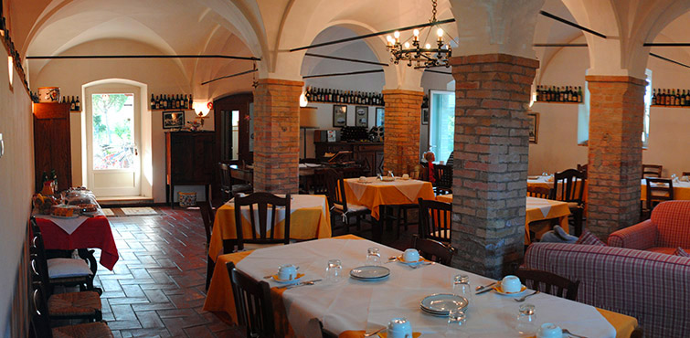 breakfast-farmhouse-umbria-italy-perugia